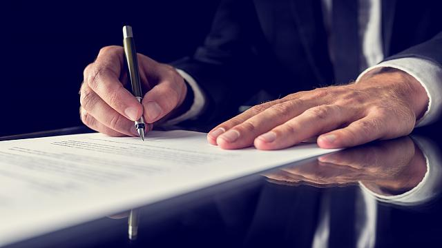 Legal advice on wills from private client lawyers